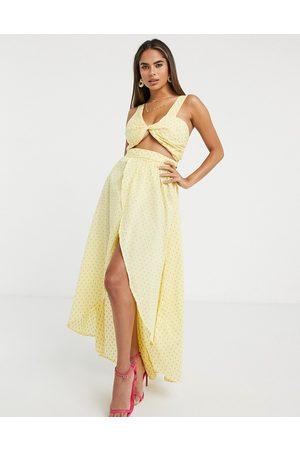 ASOS DESIGN Women Maxi Dresses - Fuller bust twist front maxi beach dress in texture