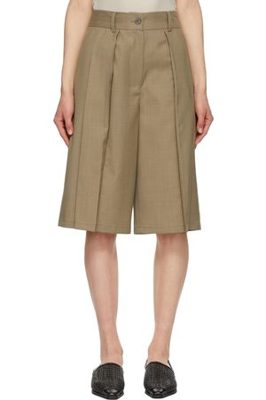 Kim Matin Pleated Shorts