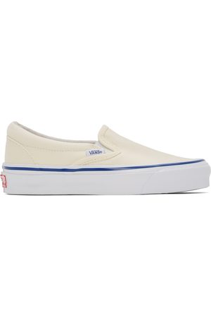 Vans Women Flat Shoes - Off- OG Classic Slip-On LX Sneakers