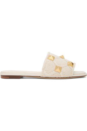VALENTINO GARAVANI Off- Crochet Roman Stud Sandals