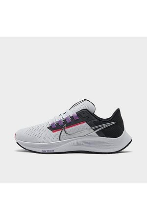Nike Women's Air Zoom Pegasus 38 Running Shoes in / Size 6.0
