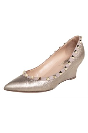 VALENTINO Metallic /Beige Leather Rockstud Pointed Toe Wedge Pumps Size 36