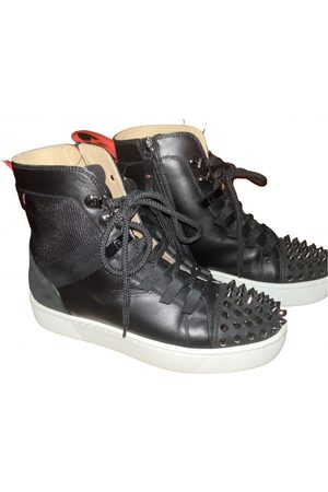 Christian Louboutin \N Leather Trainers for Women