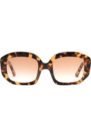 Velvet Canyon Women Sunglasses - Motel Musa in Brown.
