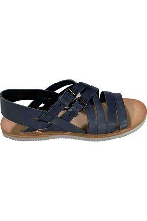 Alexander McQueen \N Leather Sandals for Men