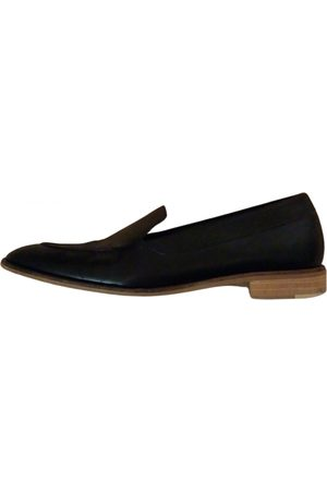 Everlane \N Leather Flats for Women