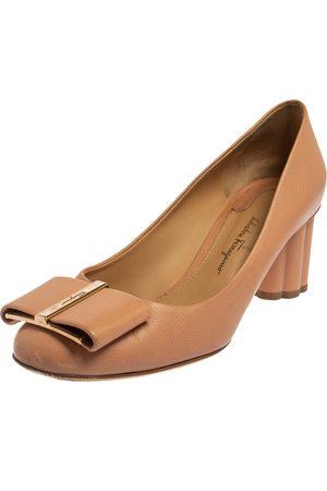 Salvatore Ferragamo Leather Varina Block Heel Pumps Size 37.5