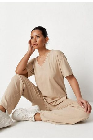 Missguided Women Loungewear - Mocha V Neck T Shirt And Pants Co Ord Set