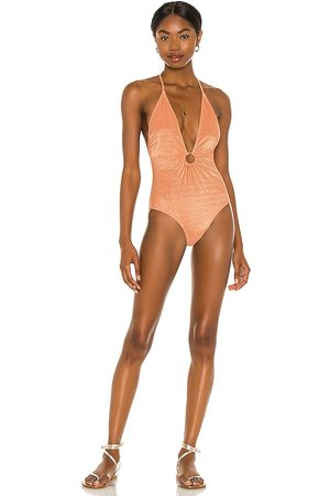 Suboo Amber Ring Front One Piece in Peach.