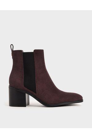 CHARLES & KEITH Textured Block Heel Chelsea Boots