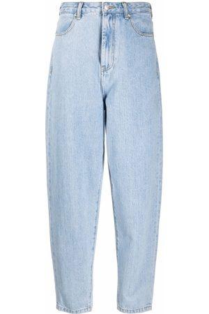 12 STOREEZ Mom-fit jeans