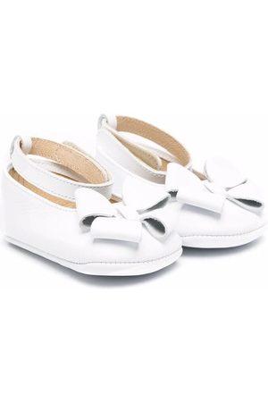 PèPè Bow-detail leather ballerina shoes