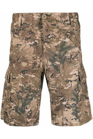 Carhartt Camouflage-print shorts