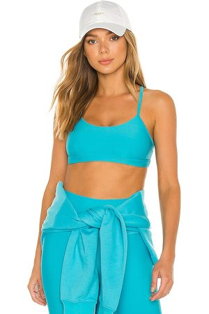 alo Airlift Intrigue Bra in .