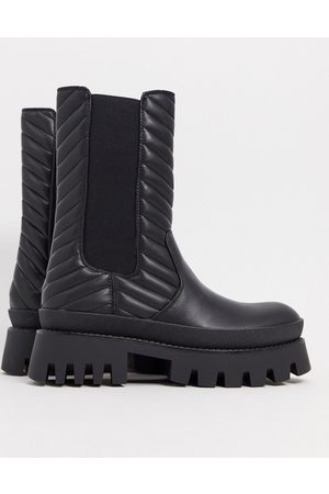 Bershka Elasticated ankle boot with chunky sole in