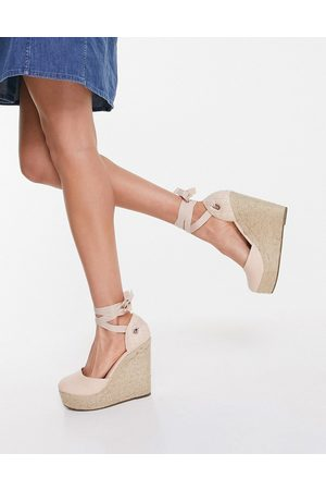 Truffle Collection High espadrille wedges with tie leg in -Neutral