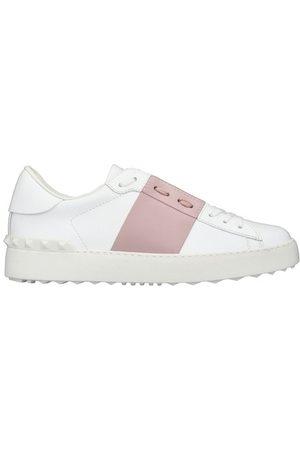 VALENTINO Garavani - Leather sneakers