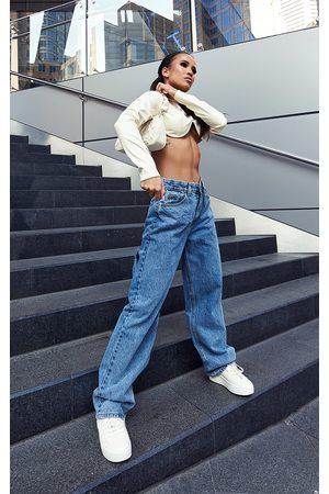 PRETTYLITTLETHING Vintage Wash Extreme Bum Split Baggy Boyfriend Jeans