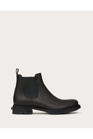 VALENTINO GARAVANI Men Chelsea Boots - Roman Stud Calfskin Chelsea Boot Man Rubber 26%, Polyester 74% 40