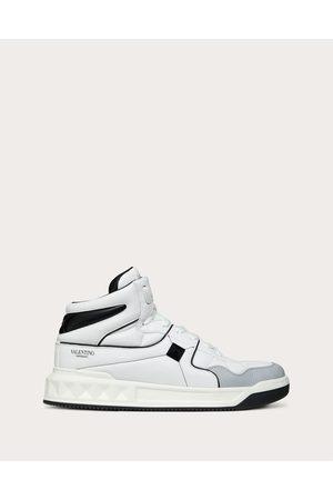 VALENTINO GARAVANI Men Sneakers - One Stud Mid-top Calfskin Sneaker Man / 100% Lambskin 40