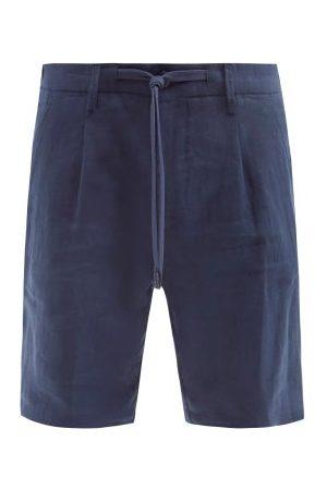 Thom Sweeney Pleated Slubbed-linen Hopsack Shorts - Mens - Dark Navy