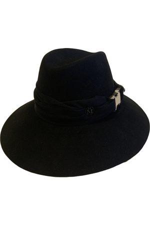 Le Mont St Michel Cloth Hats