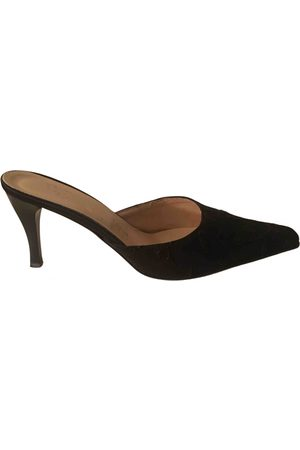 PIGALLE Leather Heels