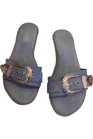 AUTRE MARQUE Velvet Sandals