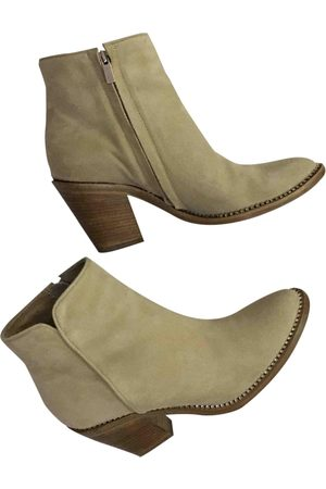 LE SILLA Suede Ankle Boots
