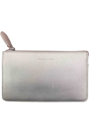 CHARLES & KEITH Leather clutch