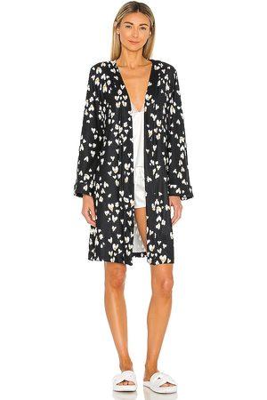 MASONGREY Classic Short Pockets Robe in Black.