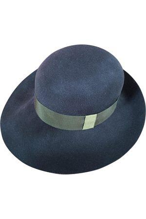 LA CERISE SUR LE CHAPEAU Wool Hats