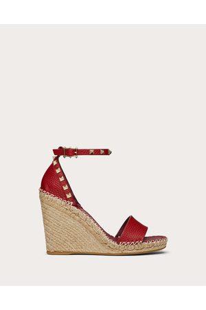 VALENTINO GARAVANI Women Wedges - Double Rockstud Grainy Calfskin Wedge Sandal 95 Mm Women Rosso Valentino 100% Pelle Di Vitello - Bos Taurus 35