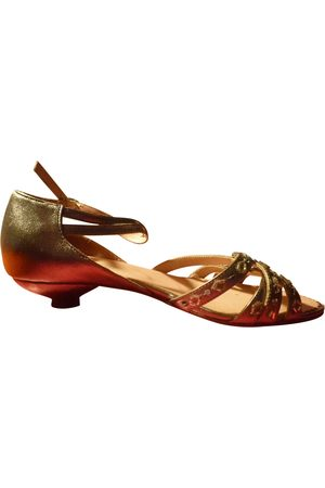 ARMAND VENTILO Leather Sandals