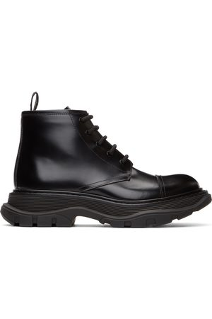 Alexander McQueen Black Polished Tread Lace-Up Boots