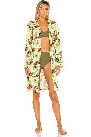 MASONGREY Women Bathrobes - Classic Short Pockets Robe in Yellow.