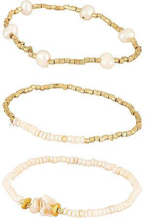 Amber Sceats Pearl Bracelet Set in Metallic .
