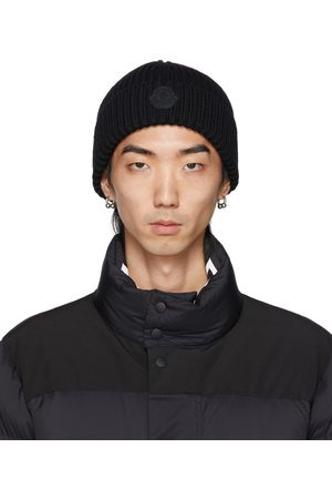 Moncler Black Wool Rib Knit Rubber Logo Beanie