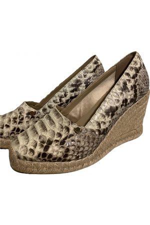 LE SILLA Leather Mules & Clogs