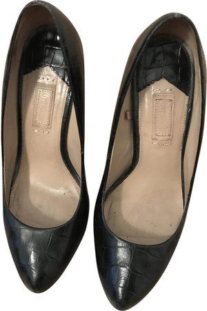 UTERQUE Leather heels