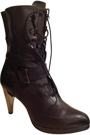 Bimba y Lola Leather lace up boots