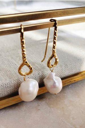 Shyla Women Earrings - Helena Baroque Pearl Earrings