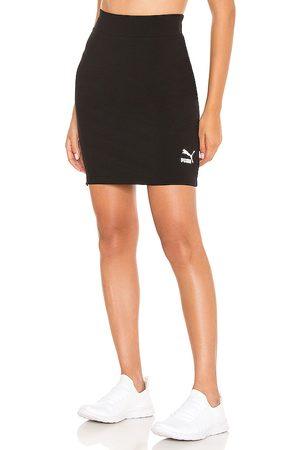 PUMA Classic Tight Skirt in .