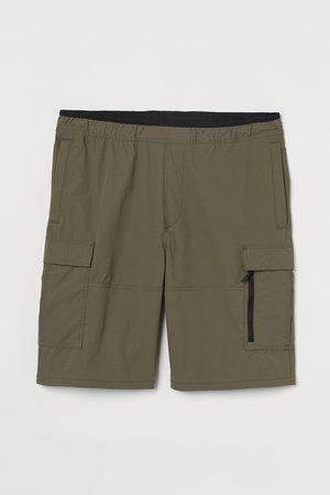 H&M Regular Fit Cargo Shorts