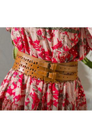 Miss June Leather Doily Belt Tan