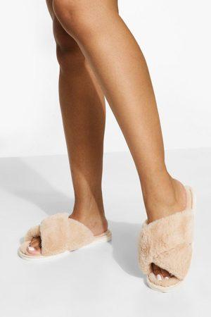 Boohoo Women Slippers - Womens Fluffy Cross Front Slippers - - S