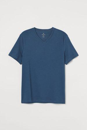 H & M Men T-shirts - Regular Fit V-neck T-shirt
