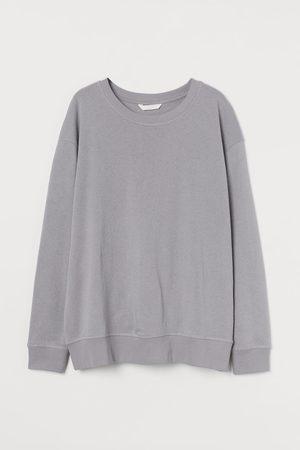 H&M Women Sweatshirts - MAMA Sweatshirt