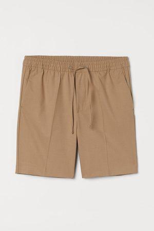 H&M Men Slim - Slim Fit Tailored Shorts