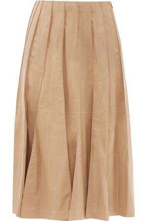 Gabriela Hearst Dakota Pleated Leather Midi Skirt - Womens - Camel